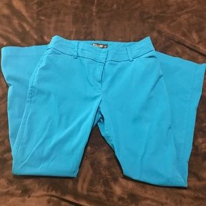 Like new NY&Co turquoise stretch slacks.